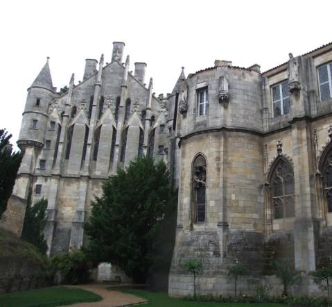 Poitiers_-_Palais_de_Justice_2