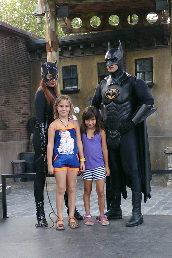 Super Heroes World