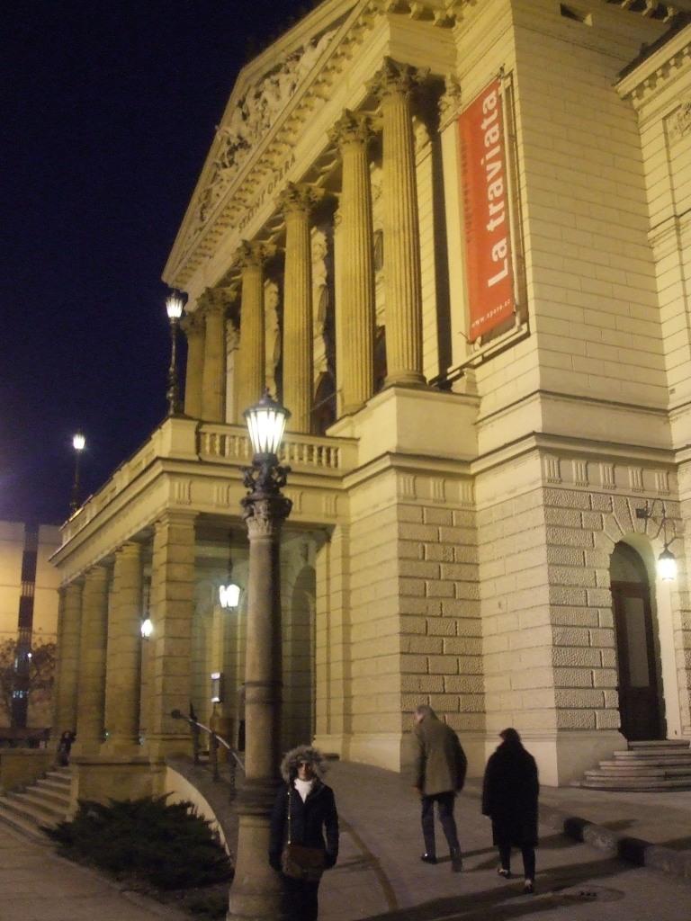 Opera Estatal